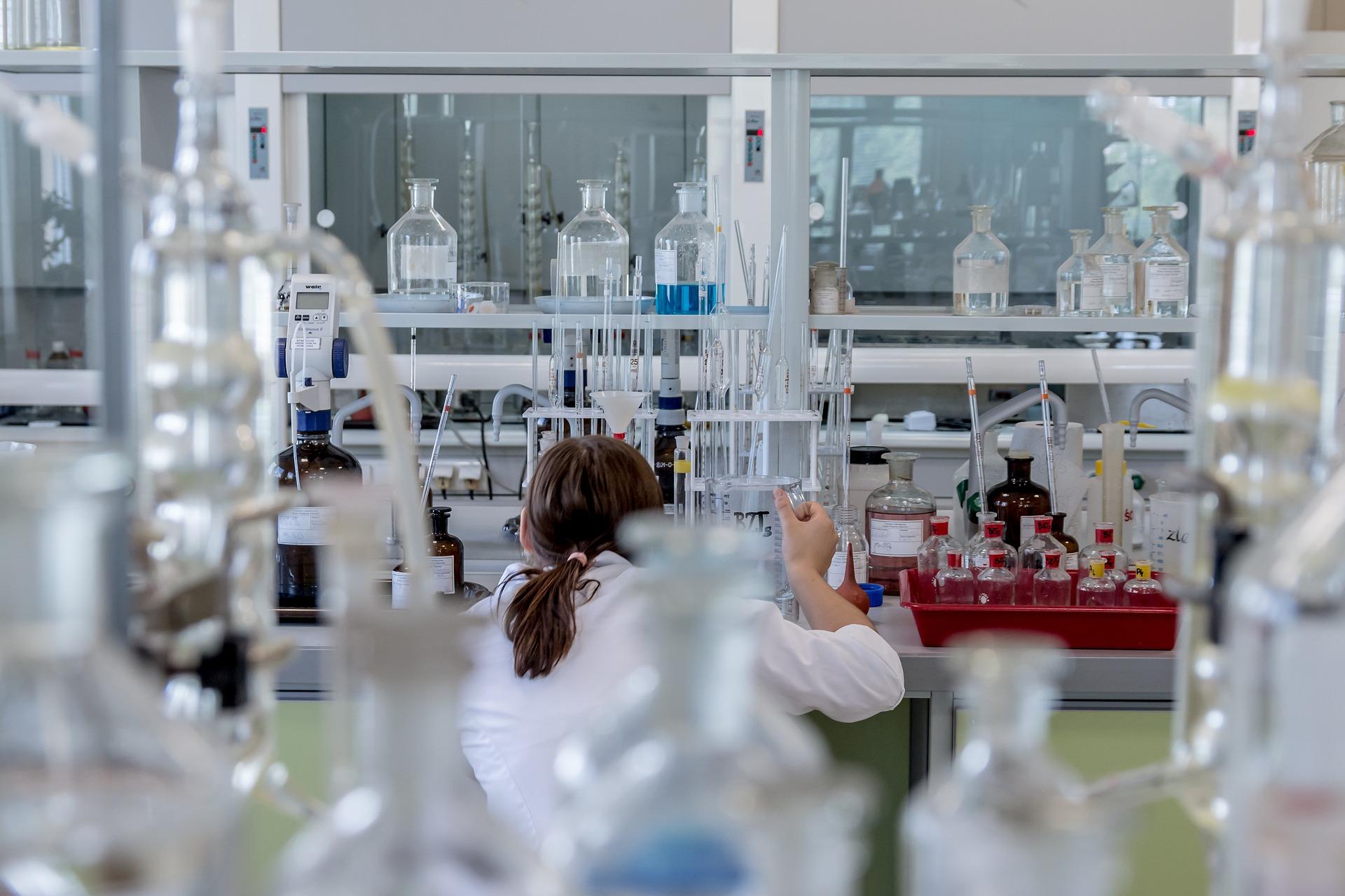 Übersetzung & Dolmetschen im Bereich Pharmazie, GMP
